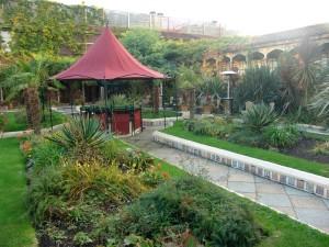 Taxi Transfer to Kensington Roof Gardens